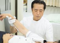 「豊富な臨床経験と知識に裏付けられた的確で最新の治療を提供できる」こと